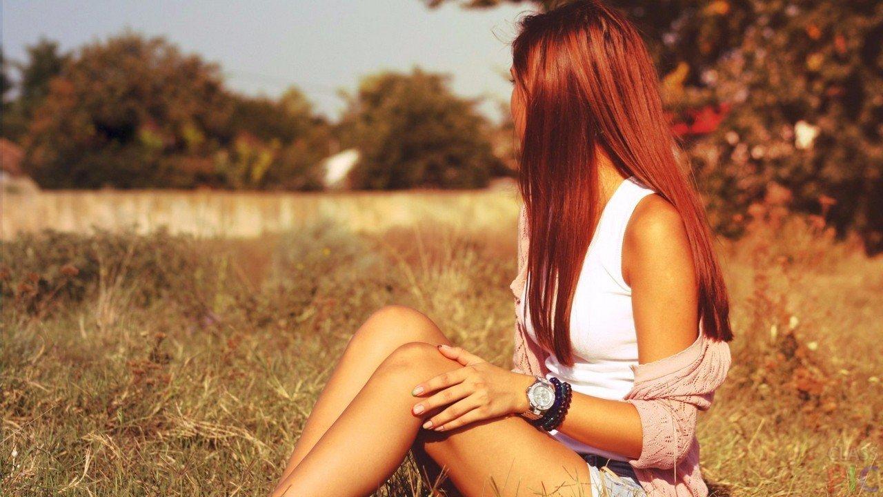 Красивые фото рыжей девушки на аву в ВКонтакте   20 картинок (28)