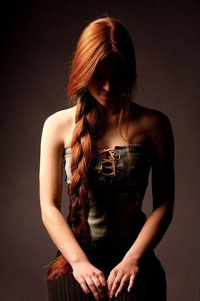 Красивые фото рыжей девушки на аву в ВКонтакте - 20 картинок (8)