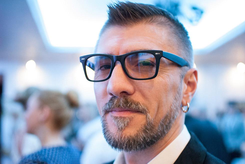 Фото мужчин в очках и с бородой - подборка 20 картинок (20)