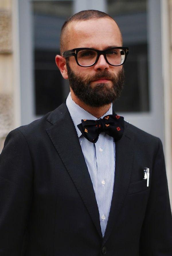 Фото мужчин в очках и с бородой - подборка 20 картинок (21)
