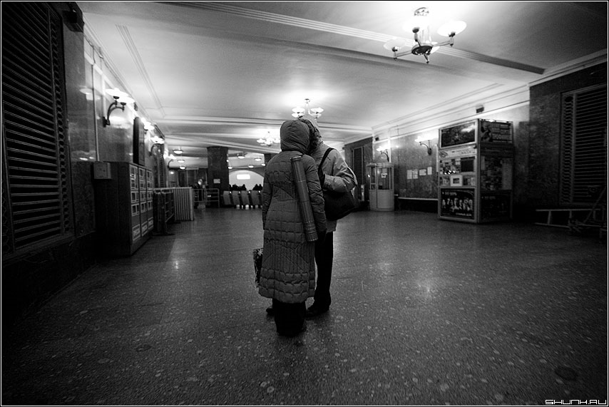 Черно-белое фото расставани 011