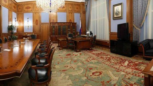 фото Путина в кабинете (20)