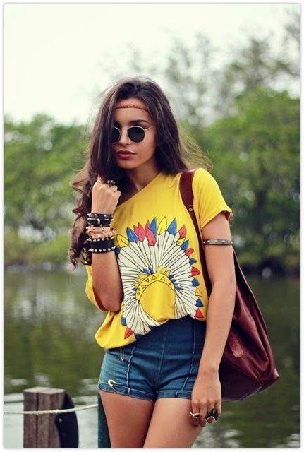 фото девушек в футболке и в шортах (6)
