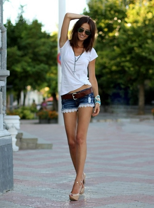 фото девушек в футболке и в шортах (9)