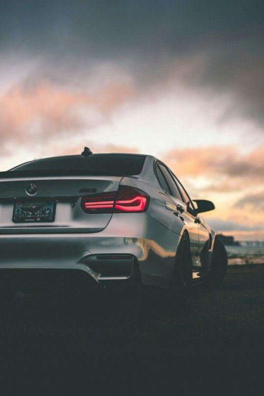 Красивые автомобили вид сзади - качественная подборка фото (10)