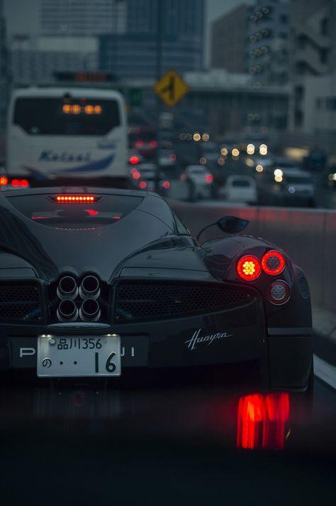 Красивые автомобили вид сзади - качественная подборка фото (11)