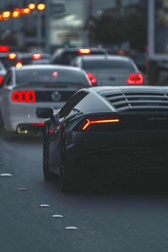 Красивые автомобили вид сзади - качественная подборка фото (4)