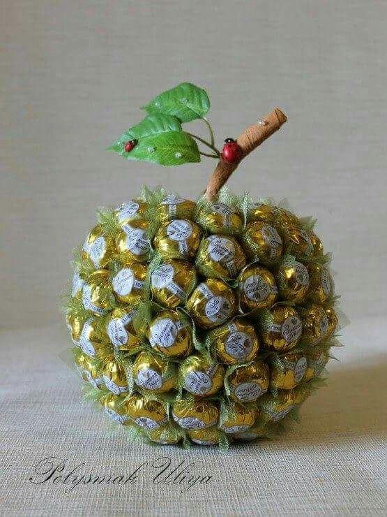 Букеты из конфет - красивые идеи (11)