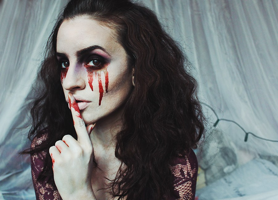 Кровавая Мэри макияж на Хэллоуин (12)