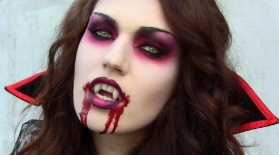 Кровавая Мэри макияж на Хэллоуин (13)
