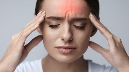 К какому специалисту обратиться при болях в голове