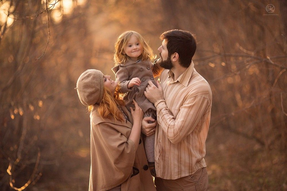 Осенняя семейная фотосессия на природе идеи и фото (14)