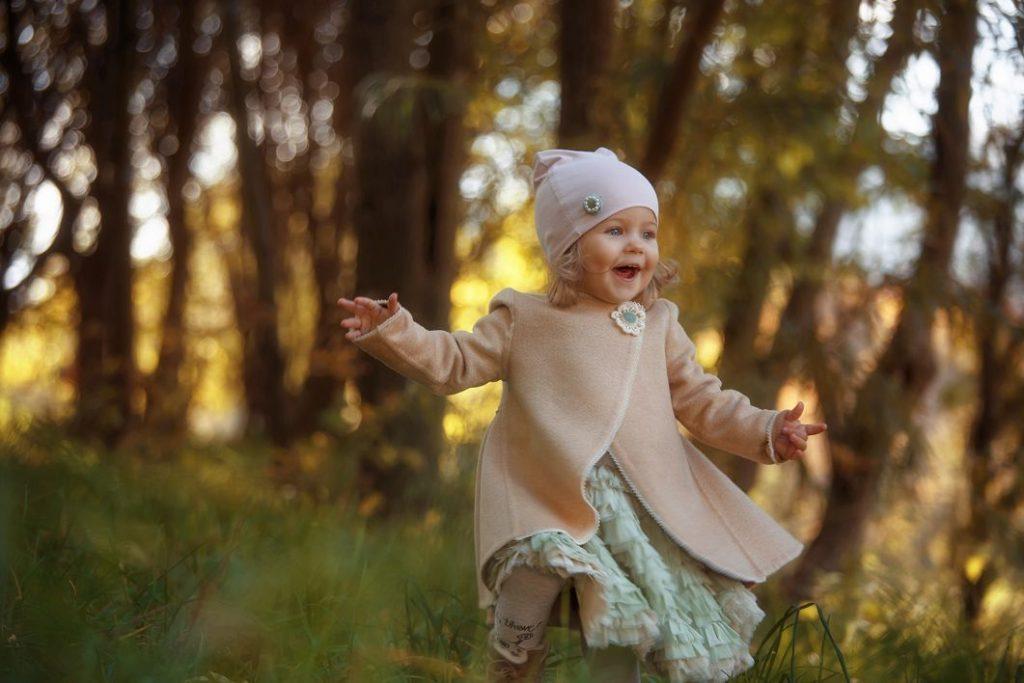 Осенняя семейная фотосессия на природе идеи и фото (15)