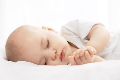 Почему ребенок хрюкает, шмыгает и сопит носом, но соплей у него нет (1)