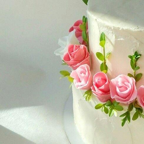 Торт на день рождения для подруги из мастики - фото (17)