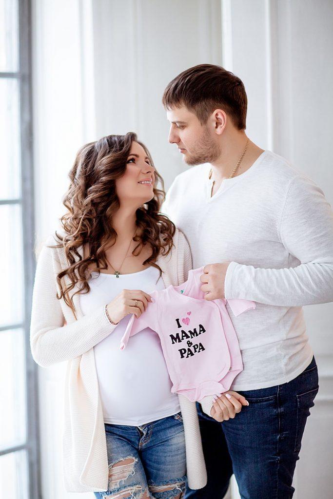 Будуарная фотосессия беременной женщины - лучшие фото (14)