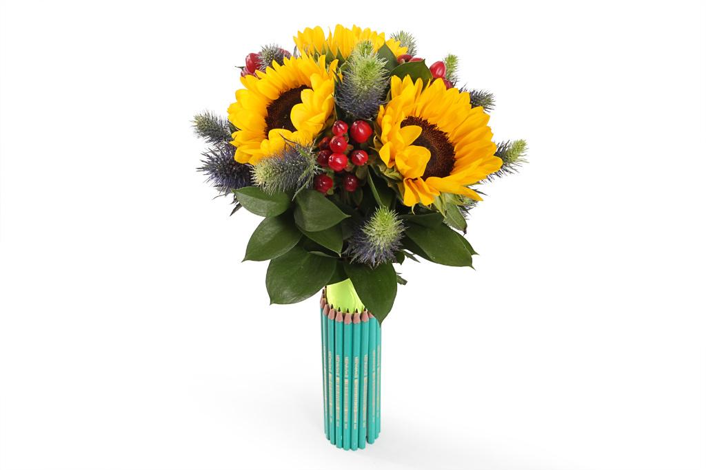 Букеты из цветов на 1 сентября   фото идеи (18)