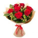 Букет из роз на первое сентября — фото и картинки