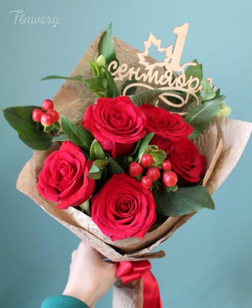 Букет из роз на первое сентября - фото и картинки (32)