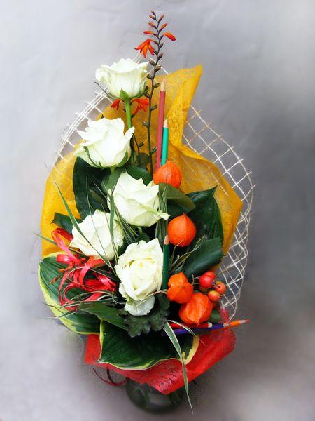 Лучшие букеты из роз на 1 сентября фото (13)
