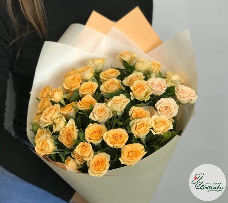 Лучшие букеты из роз на 1 сентября фото (2)