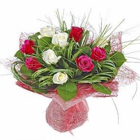 Лучшие букеты из роз на 1 сентября фото (22)