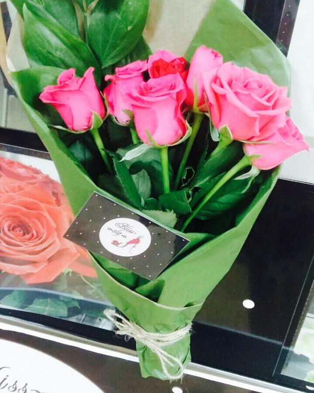 Лучшие букеты из роз на 1 сентября фото (28)