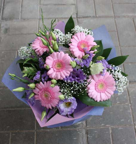 Лучшие букеты из роз на 1 сентября фото (3)
