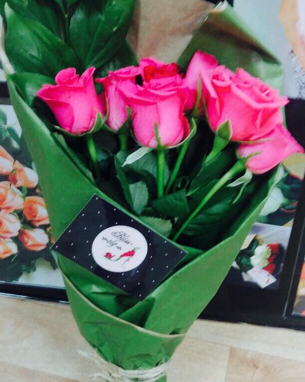 Лучшие букеты из роз на 1 сентября фото (30)
