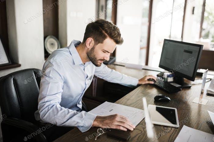 Прикольные картинки мужчина в офисе (10)