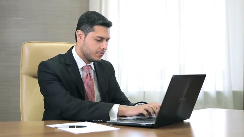 Прикольные картинки мужчина в офисе (13)