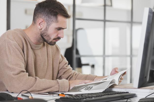 Прикольные картинки мужчина в офисе (4)