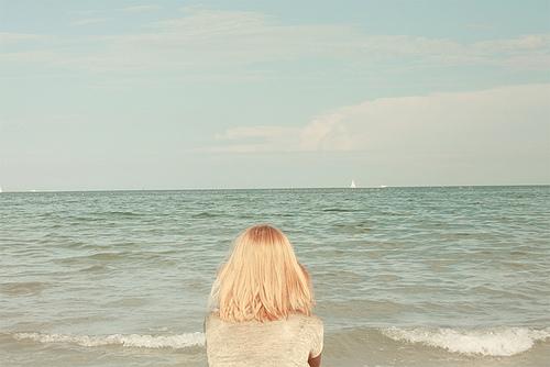 Блондинки с короткими волосами на аву со спины007