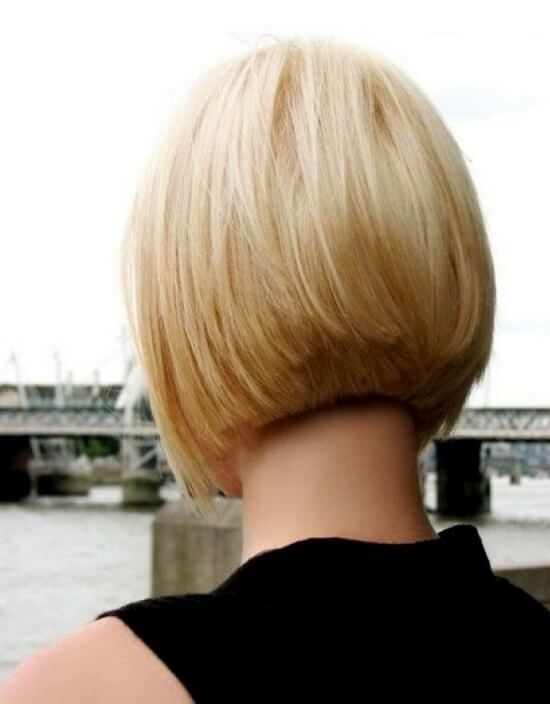Блондинки с короткими волосами на аву со спины024