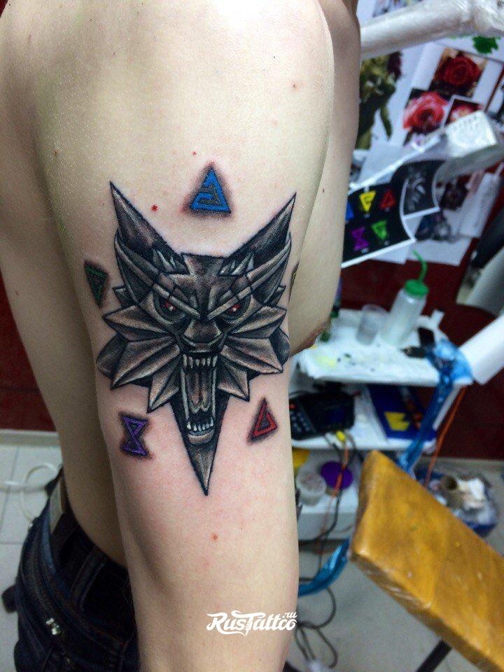 Ведьмак 3 татуировки в отличном качестве (20)