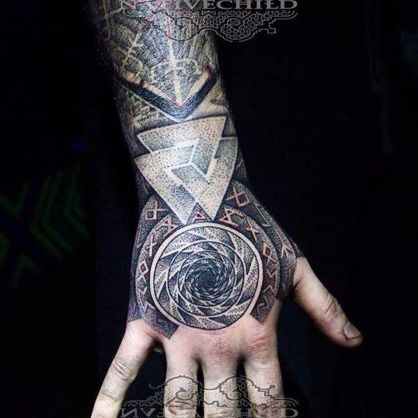 Ведьмак 3 татуировки в отличном качестве (4)
