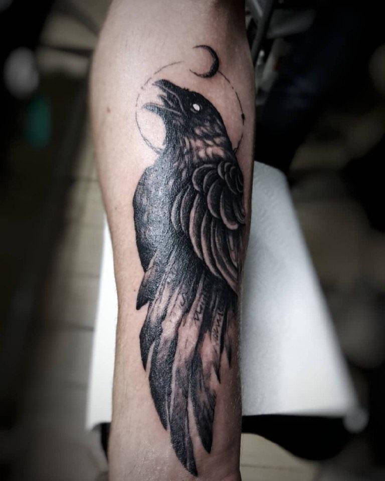Ворона рисунок тату и эскизы011