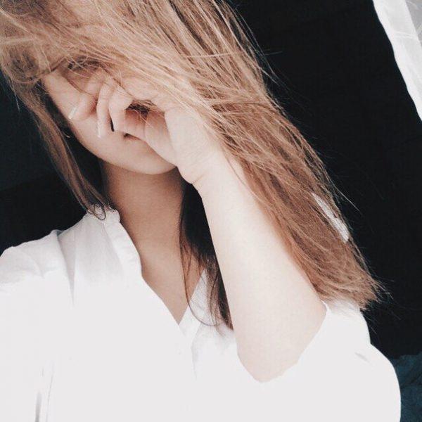 Девушка сзади фото на аву с русыми волосами002