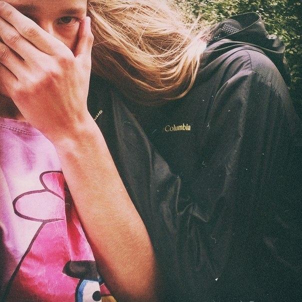 Девушка сзади фото на аву с русыми волосами013