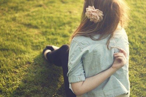 Девушка сзади фото на аву с русыми волосами016