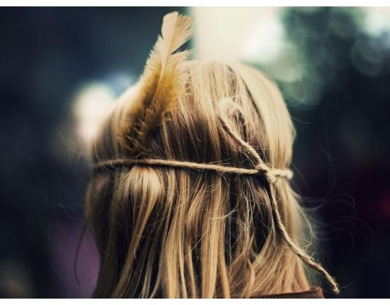 Девушка сзади фото на аву с русыми волосами021