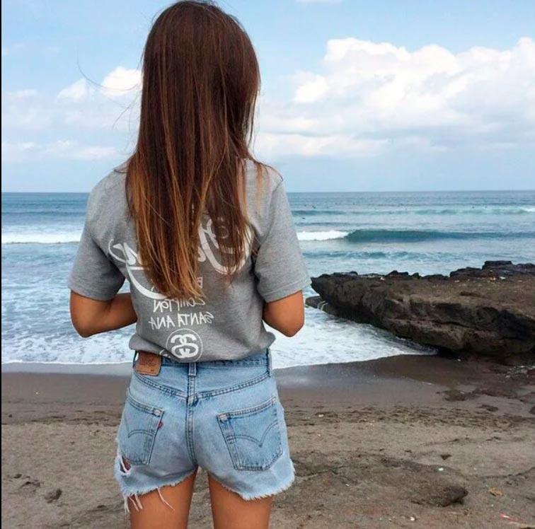 Девушка сзади фото на аву с русыми волосами023