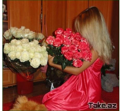 Девушка с цветами фото со спины на аву009