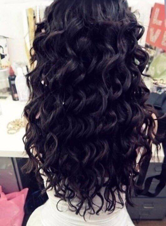 Девушки брюнетки со спины с длинными волосами на аву018