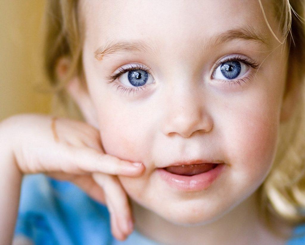 Картинки ребенок глаза