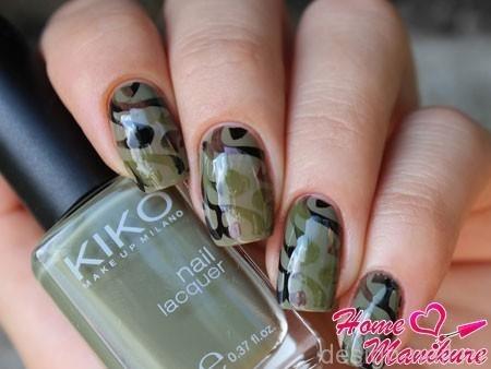 Как на ногтях нарисовать камуфляж011