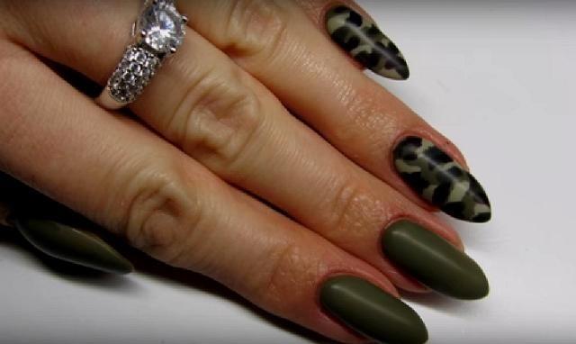 Как на ногтях нарисовать камуфляж019