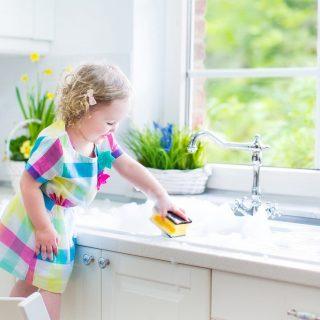 Как я помогаю родителям по дому   сочинение