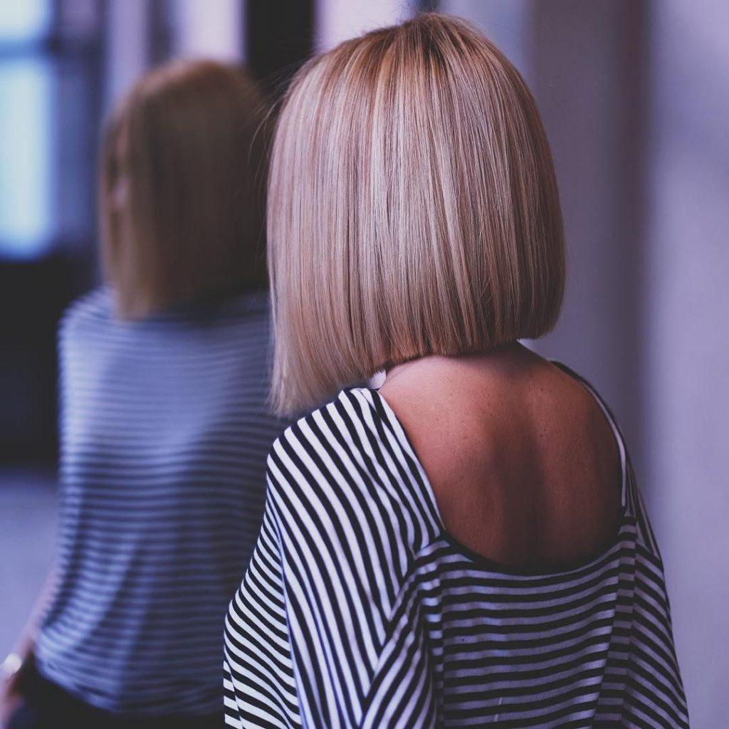 Красивые картинки девушки спиной блондинки с каре
