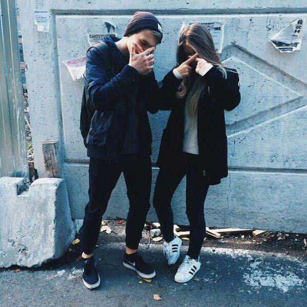 Картинки парень с девушкой обнимаются без лица на аву (28)